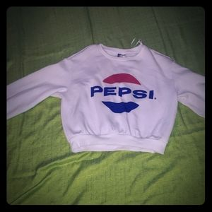 A cute Pepsi,  cropped sweat shirt from H&M